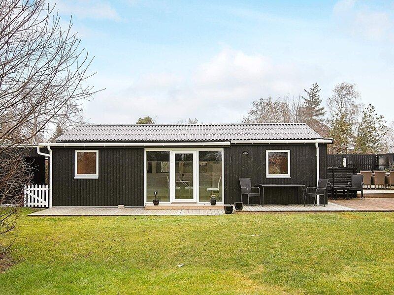 4 star holiday home in Karrebæksminde, holiday rental in Femo