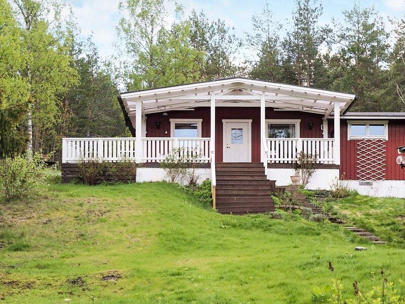 5 person holiday home in STRÄNGNÄS, location de vacances à Strangnas