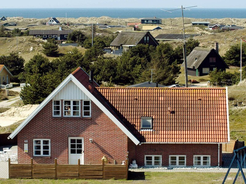 Beautiful Holiday Home in Fanø with Swimming Pool, holiday rental in Fanoe