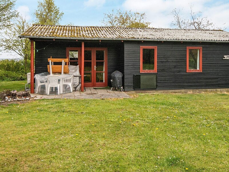 Calm Holiday Home in Nordborg with Terrace, holiday rental in Soenderborg