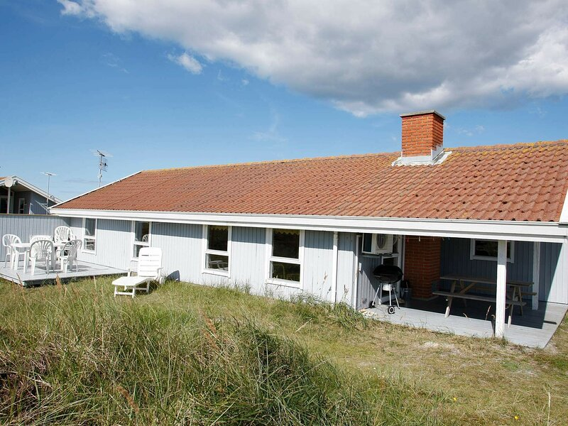 Gorgeous Holiday Home in Thisted with Sauna, holiday rental in Skyum