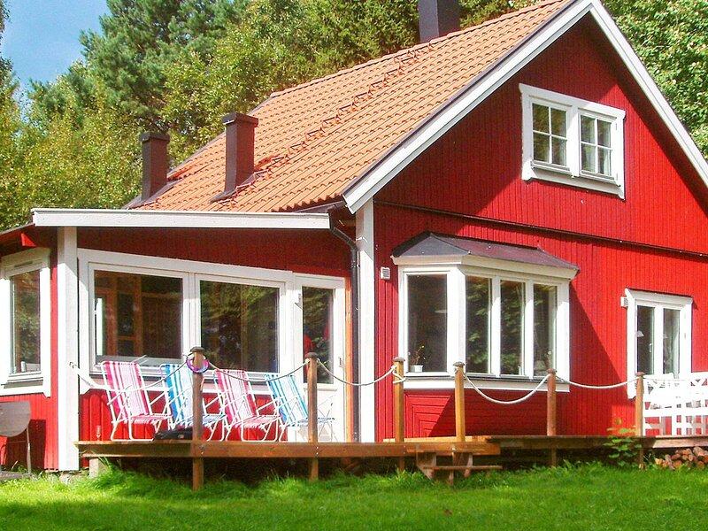 4 star holiday home in SOLLENTUNA, casa vacanza a Sigtuna Municipality