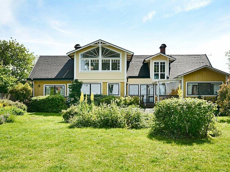 4 star holiday home in Mörbylånga – semesterbostad i Färjestaden