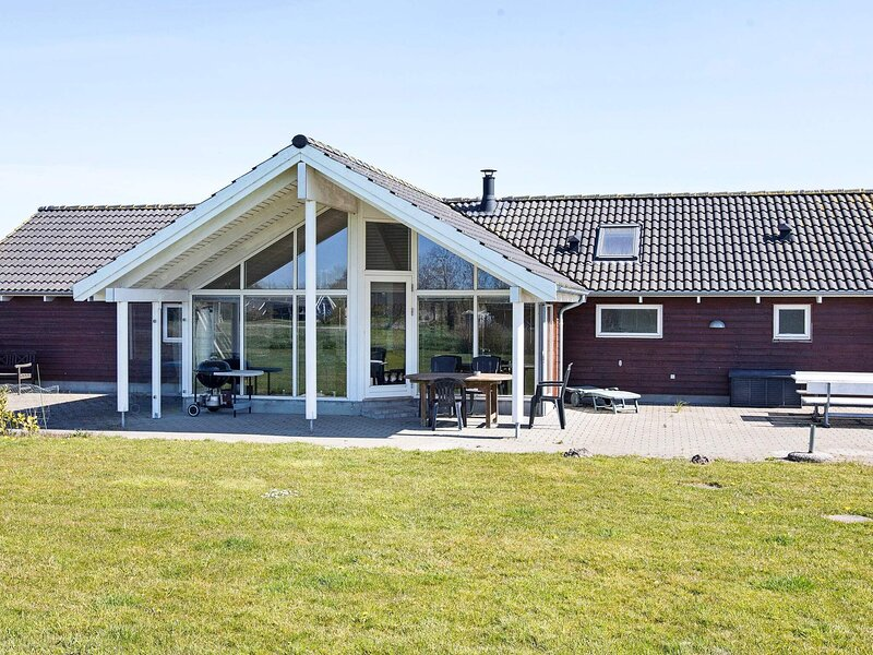 Modern Holiday Home in Falster Zealand with Sauna, alquiler vacacional en Falster