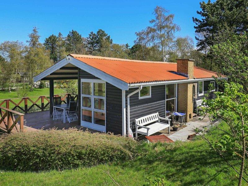 Serene Holiday Home in Zealand near Sea, alquiler vacacional en Rødvig