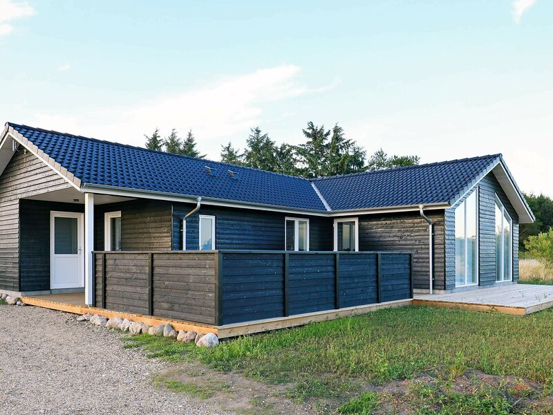 Comfortable Holiday Home in Hojslev near Sea, holiday rental in Skive