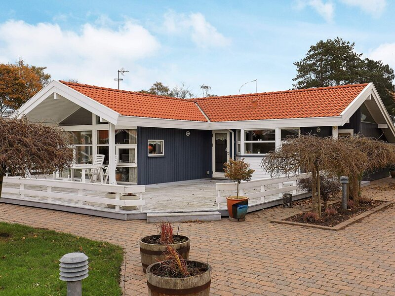 Cozy Holiday Home in Otterup near Beach, holiday rental in Otterup