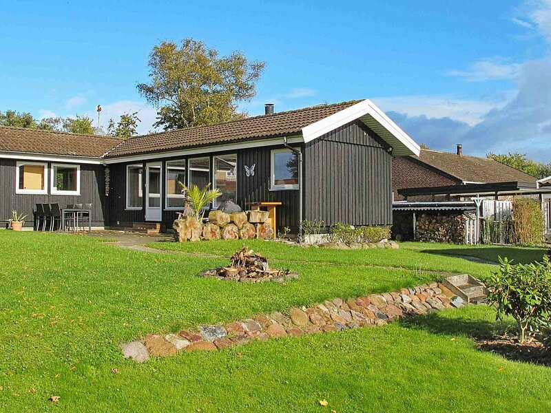 Modern Holiday Home in Zealand on Beach, holiday rental in Koege Municipality