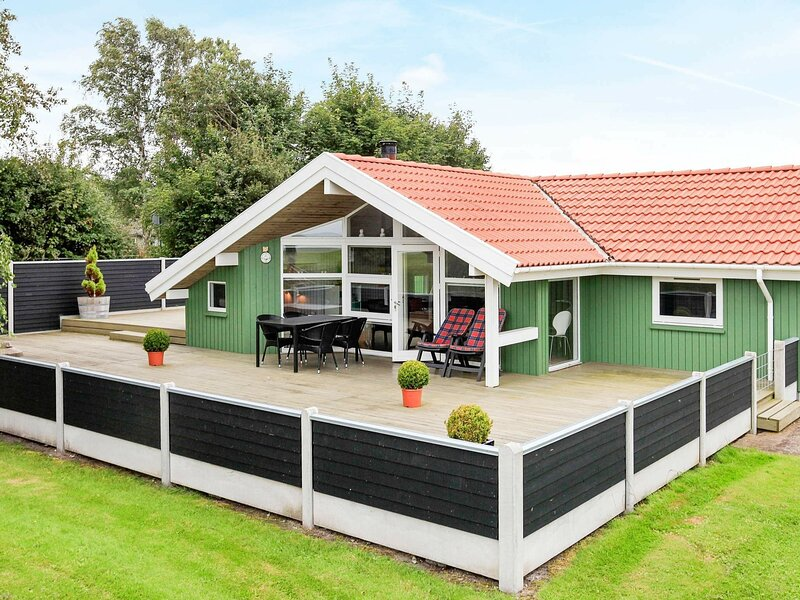 Spacious Holiday Home in Otterup on Sea, holiday rental in Otterup