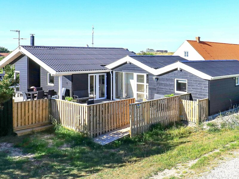 Luxurious Holiday Home in Frostrup with Sauna, holiday rental in Lild Strand