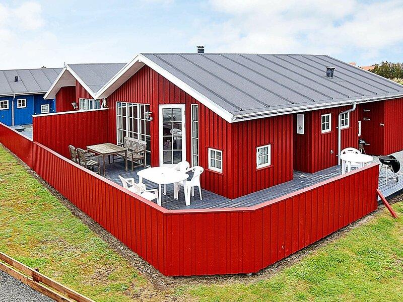 Modern Holiday Home in Hvide Sande with Terrace, holiday rental in West Jutland