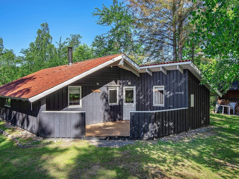 Rustic Holiday Home in Falster with Terrace, holiday rental in Gedser