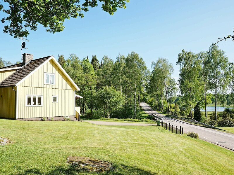 4 star holiday home in ULLARED, vacation rental in Halland County