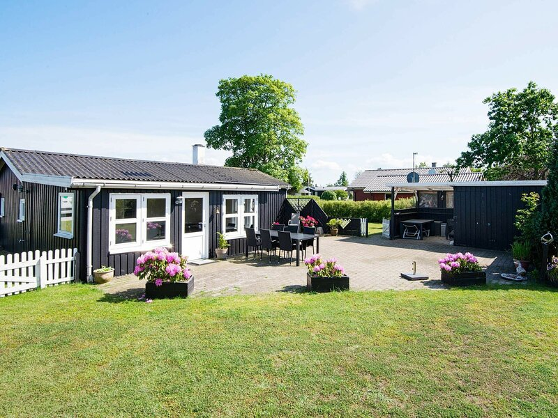 Graceful Holiday Home in Haderslev with Terrace, holiday rental in Genner