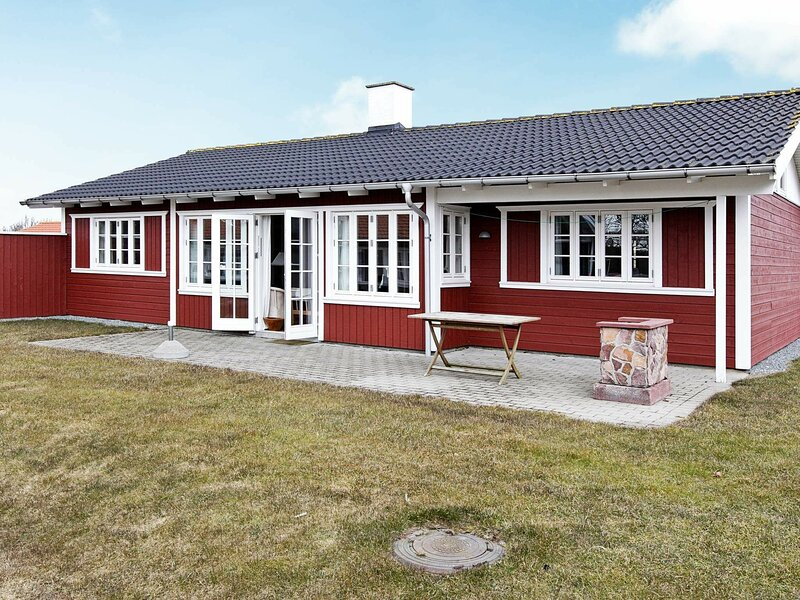 Vintage Holiday Home in Aabenraa with Swimming Pool, holiday rental in Aabenraa