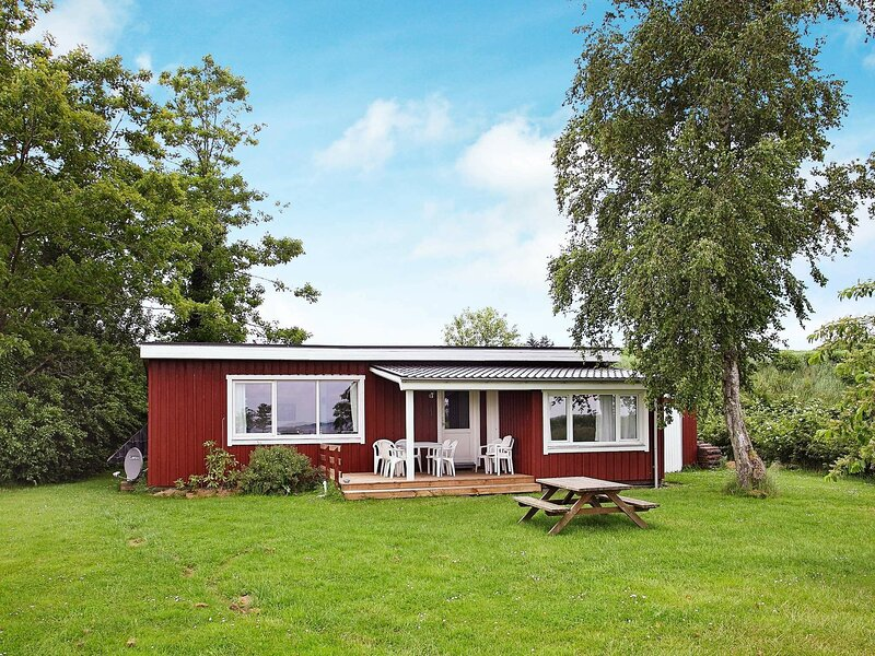 Cozy Holiday Home in Farsø With Sea Near, holiday rental in Vesthimmerland Municipality