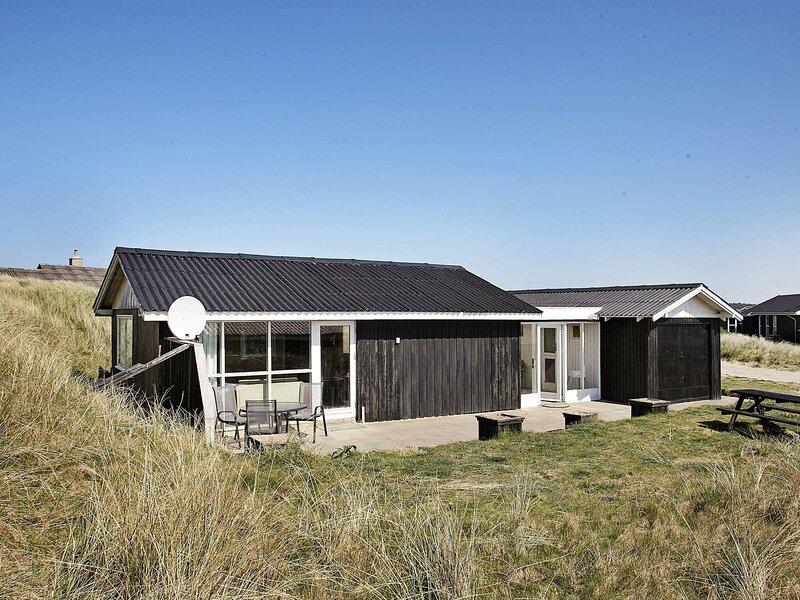 Tranquil Holiday Home in Løkken Jutland With Terrace, casa vacanza a Rubjerg