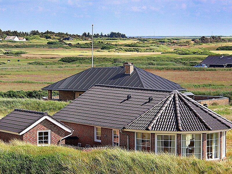 Beautiful Holiday Home in Søndervig With Sauna, holiday rental in West Jutland