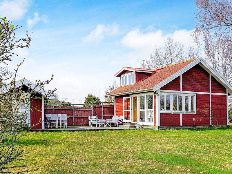 4 person holiday home in LÖTTORP, alquiler de vacaciones en Öland