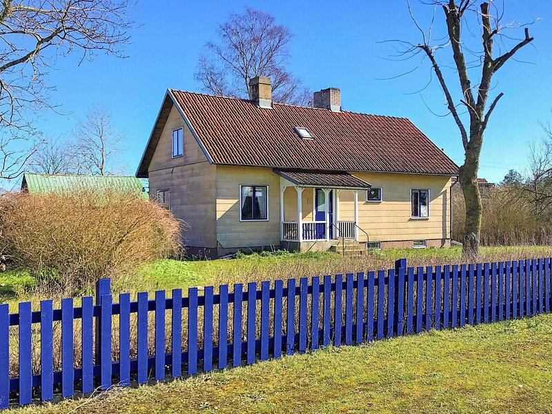 6 person holiday home in SLITE – semesterbostad i Vibble