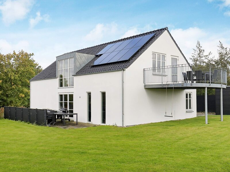 4 star holiday home in Ranum, location de vacances à Jorsby
