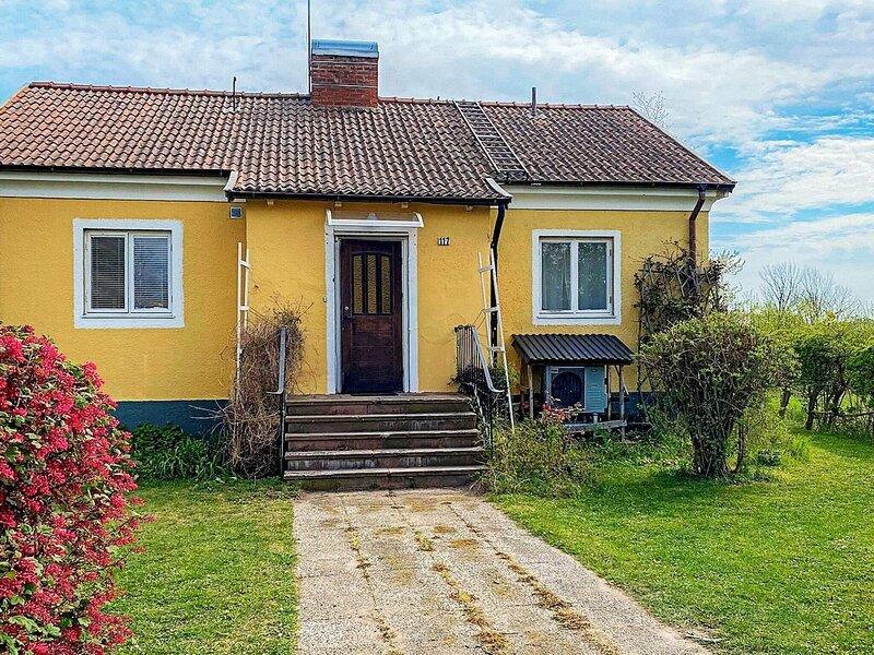 5 person holiday home in MÖRBYLÅNGA, alquiler de vacaciones en Öland