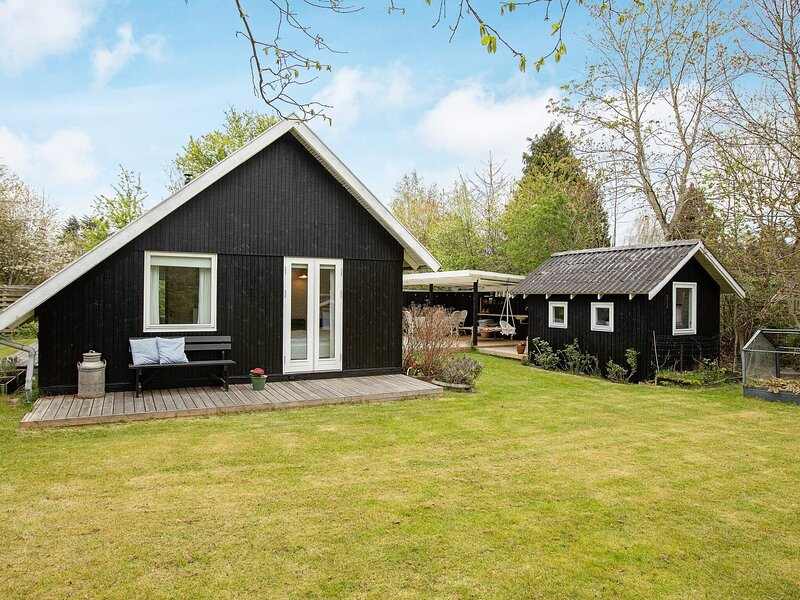 4 star holiday home in Hornbæk, location de vacances à Helsingborg