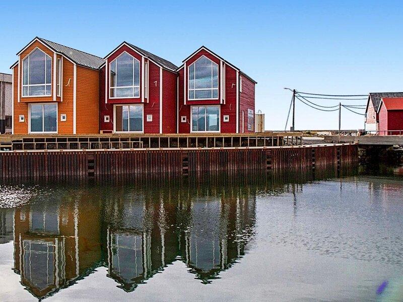 8 person holiday home in Sandøy, alquiler vacacional en Sandoy Municipality