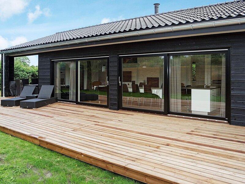 5 star holiday home in Hadsund, casa vacanza a Mariagerfjord Municipality