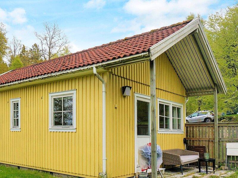 4 person holiday home in LJUNGSKILE, location de vacances à Stenungsund