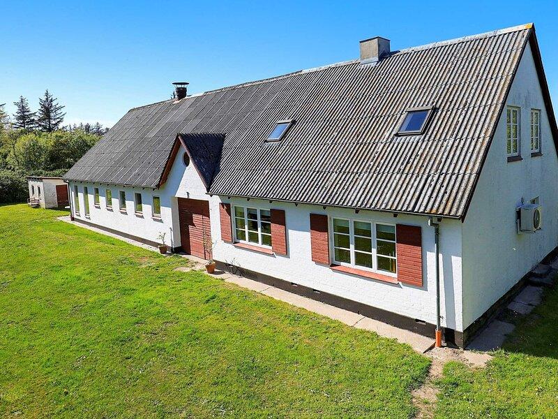 6 person holiday home in Hjørring, location de vacances à Skallerup Klit
