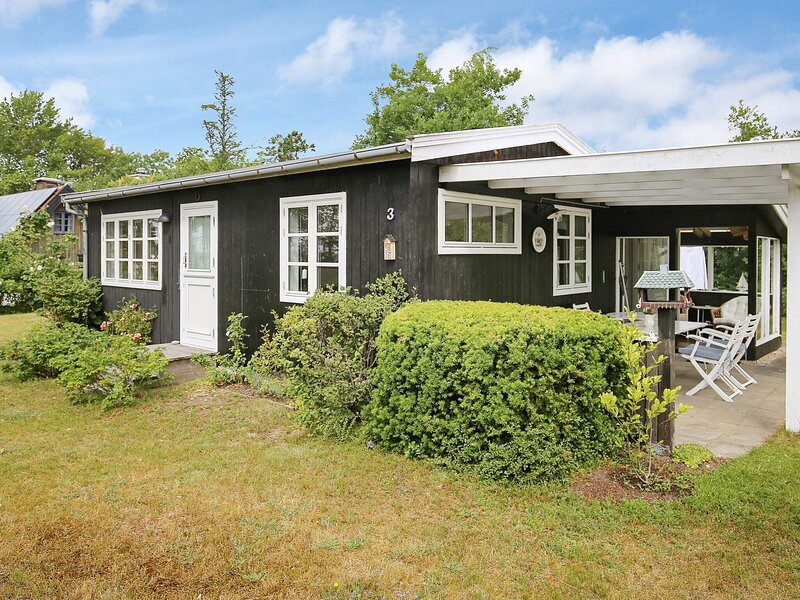 9 person holiday home in Jægerspris, holiday rental in Hundested