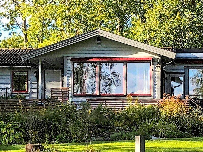 4 person holiday home in MARIEFRED, alquiler de vacaciones en Södertälje