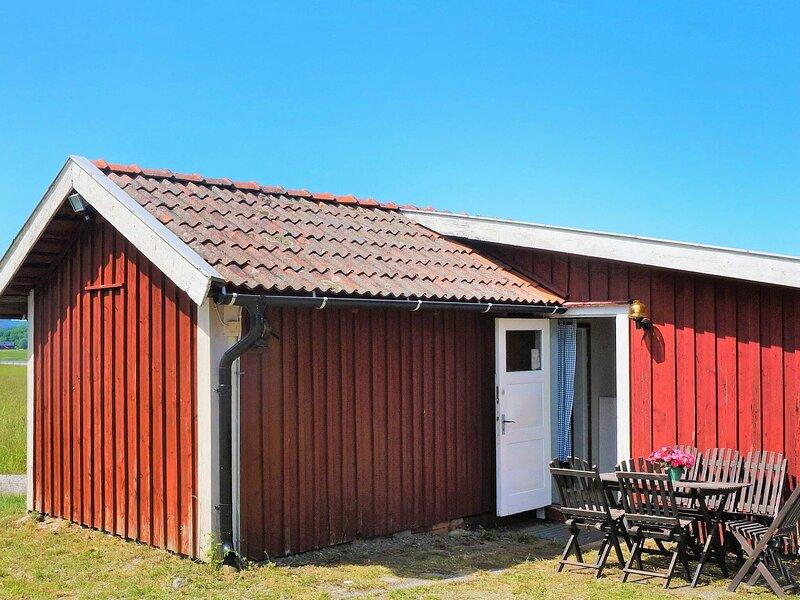 2 person holiday home in LILLA EDET – semesterbostad i Trollhättan