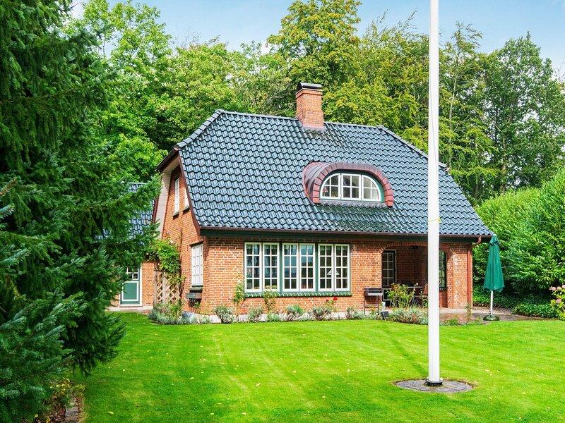 4 star holiday home in Kruså, holiday rental in Soenderborg