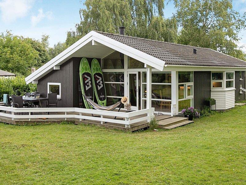 4 star holiday home in Præstø, alquiler vacacional en Rødvig