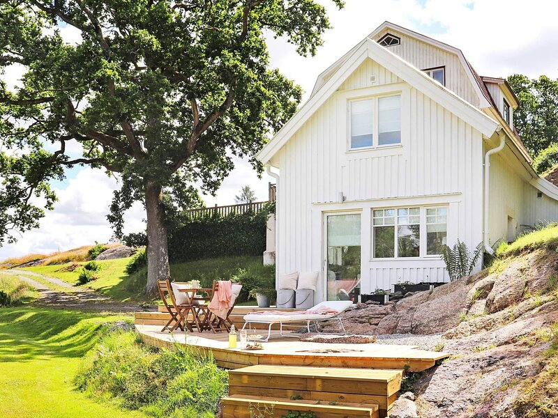 4 person holiday home in Veddige – semesterbostad i Varberg