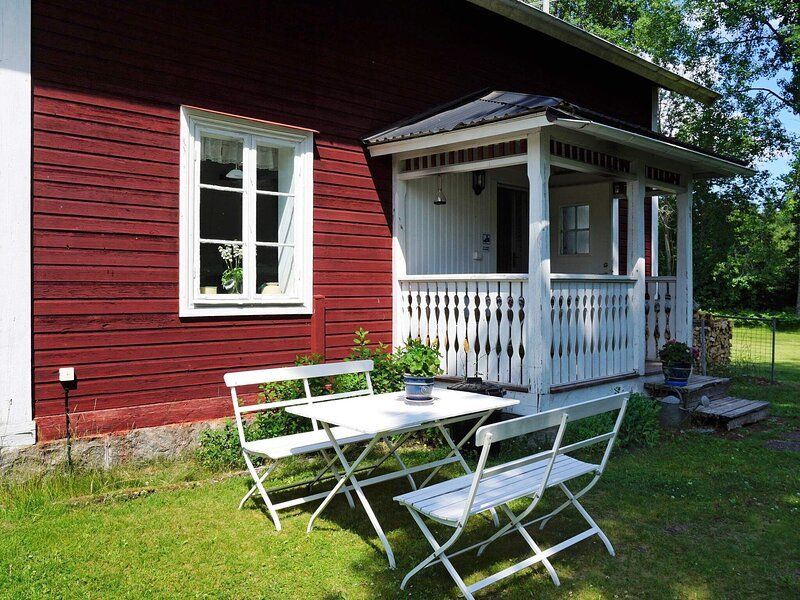 8 person holiday home in KILSMO, holiday rental in Sodermanland County