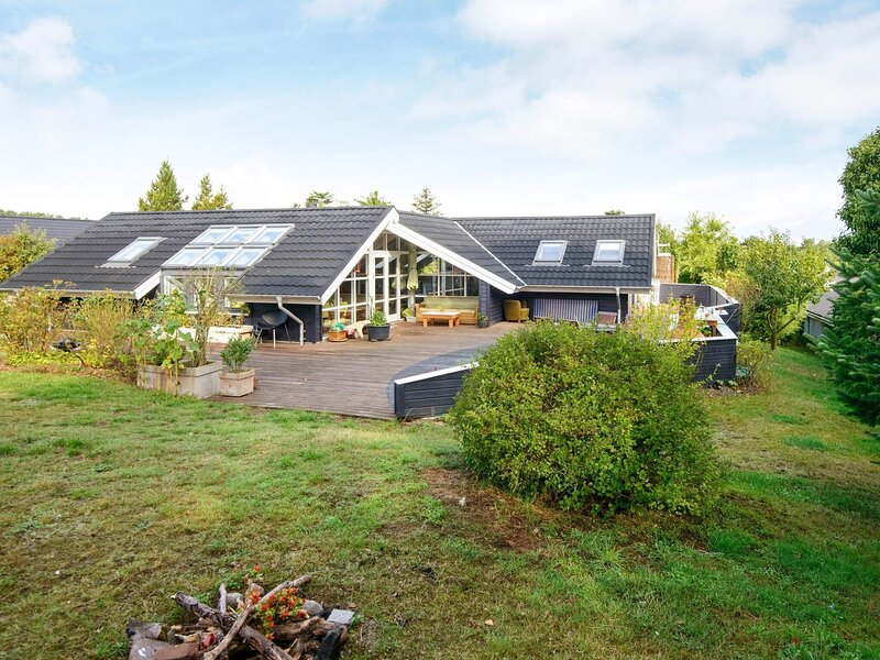 7 person holiday home in Ebeltoft, holiday rental in Balle