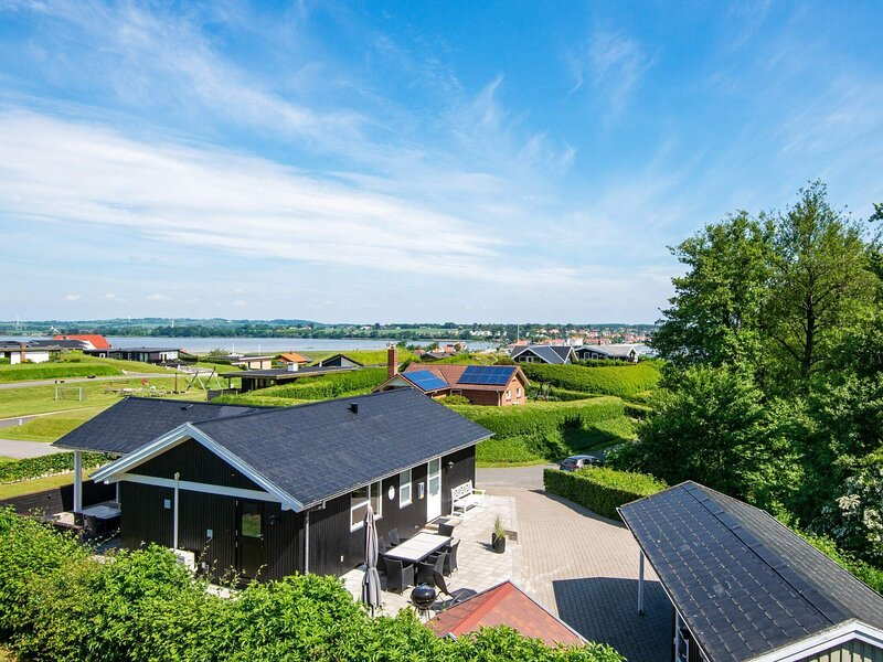 5 star holiday home in Hejls, vacation rental in Christiansfeld
