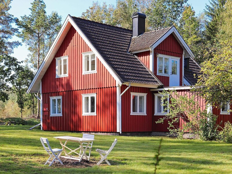 5 person holiday home in SENNAN, holiday rental in Lidhult