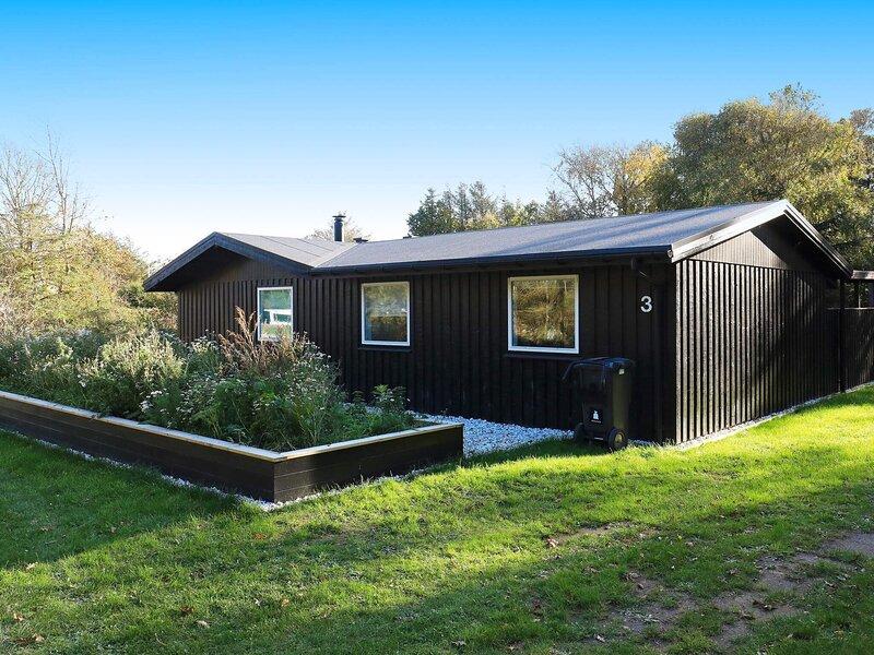 4 star holiday home in Løkken, casa vacanza a Rubjerg