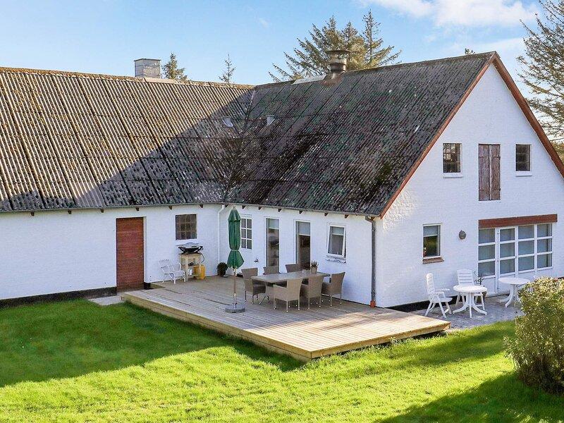 4 star holiday home in Hjørring, location de vacances à Skallerup Klit