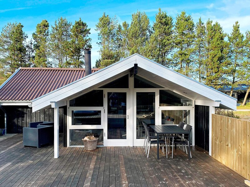 6 person holiday home in Brovst, alquiler vacacional en Fjerritslev