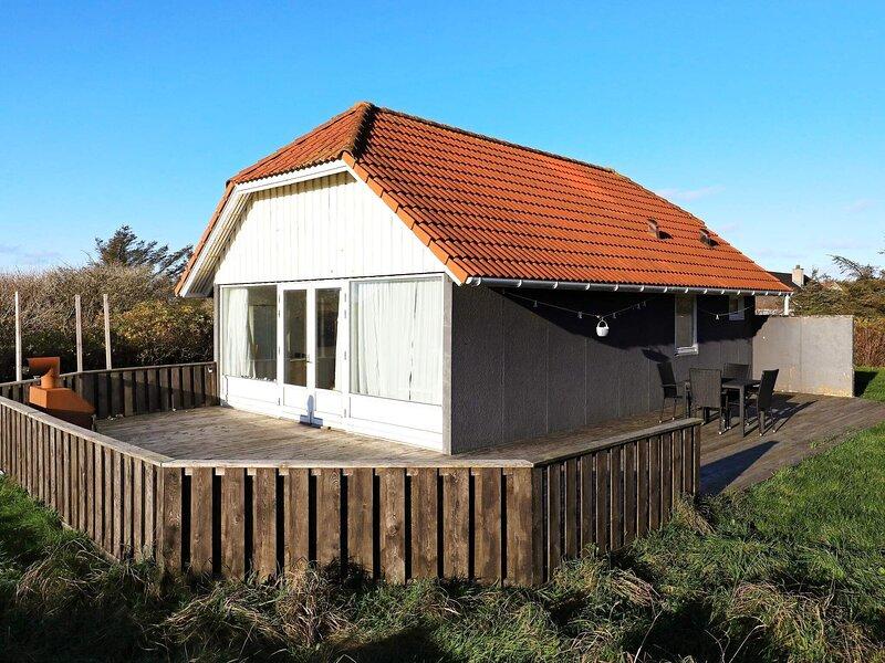 5 person holiday home in Hjørring, location de vacances à Skallerup Klit
