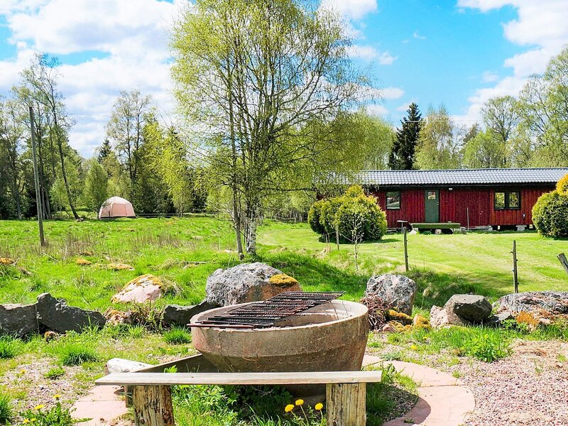 4 person holiday home in SANDHEM, holiday rental in Hokerum
