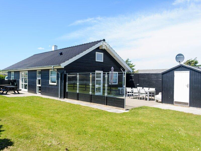 5 star holiday home in Løkken, casa vacanza a Lokken