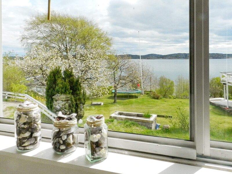 7 person holiday home in LYSEKIL – semesterbostad i Fiskebäckskil