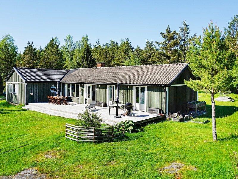 7 person holiday home in GRÄSÖ, alquiler de vacaciones en Uppsala County