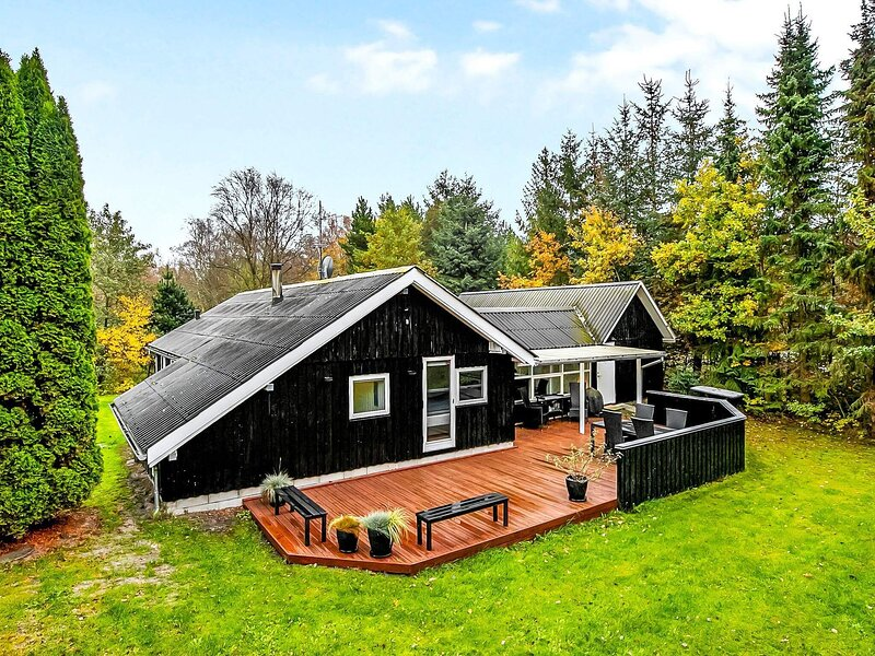 7 person holiday home in Hals, holiday rental in Aalborg